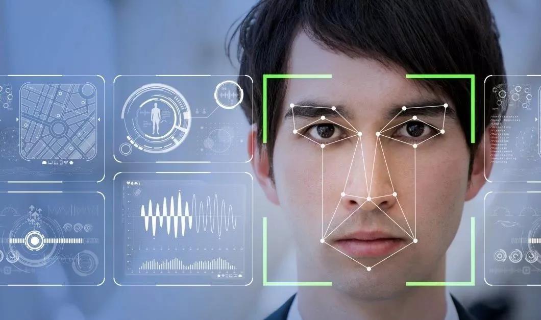 新一代智慧数字标牌更具交互性,懂得察言观色